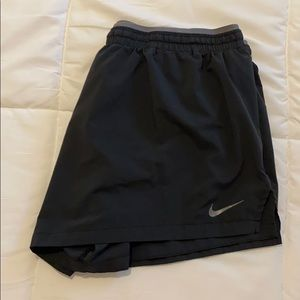 NWOT Nike Running Shorts with back waist pocket XL